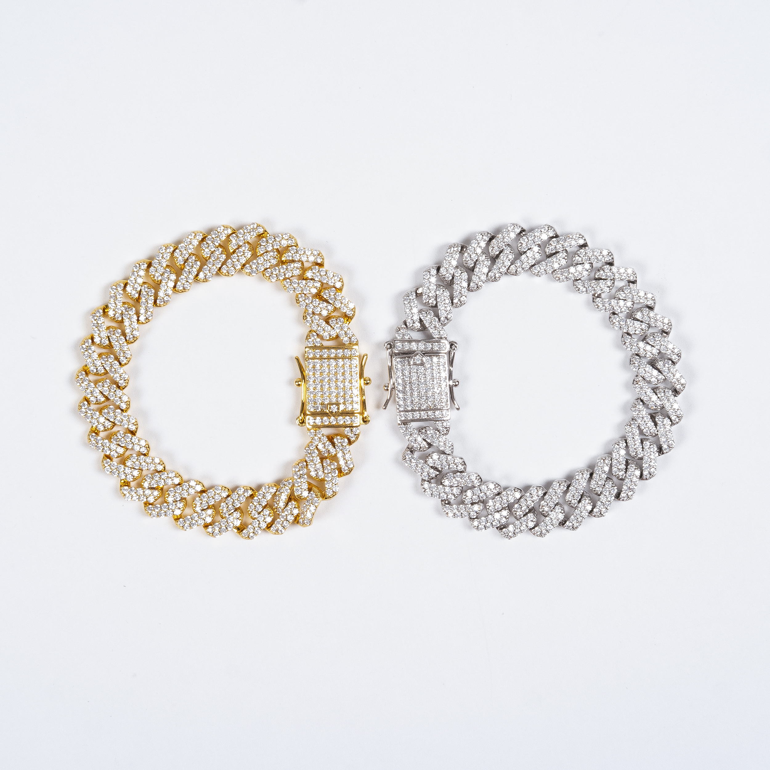 ICED OUT MIAMI CUBAN LINK BRACELET IN GOLD/SILVER